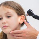 tahi telinga keras